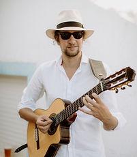 Charley Waite Solo Guitarist.jpg