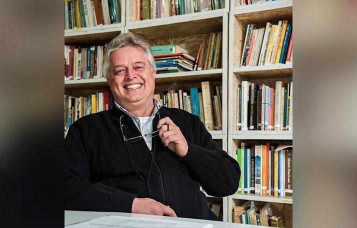 Professor Edson Armando Silva. Foto: Divulgação/Arquivo/aRede