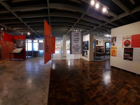 """Visitas on-line da exposição """"Múltiplo Leminski"""" começam amanhã"""