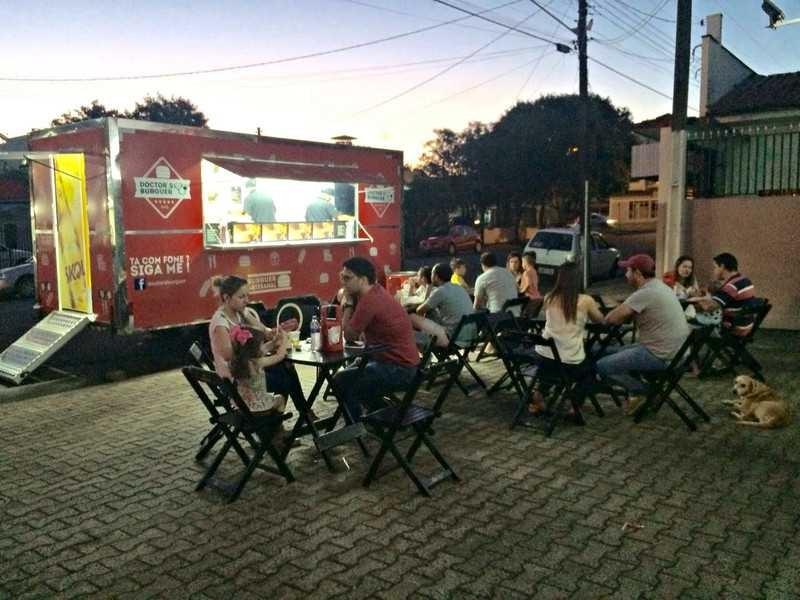 Entre as regras está a distância de 200 metros entre os food trucks instalados no município. Foto: Arquivo/aRede