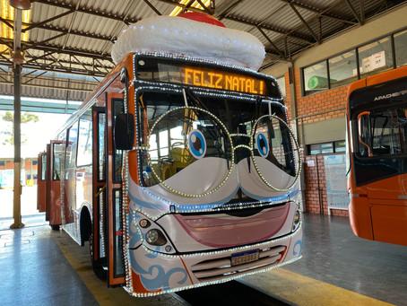 Ônibus do Papai Noel terá adaptações neste ano