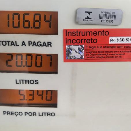 Institutos fiscalizam bombas de combustíveis de cidade do Paraná