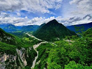soca valley hiking.jpg