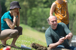 Uncovering local soil (hi)stories