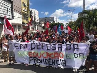 O Brasil ladeira abaixo