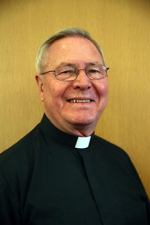Father Dan Headshot.jpg