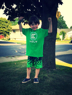 Kelly Green Evolv Kids tee