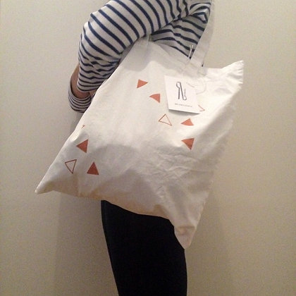 Triangle totebag normal