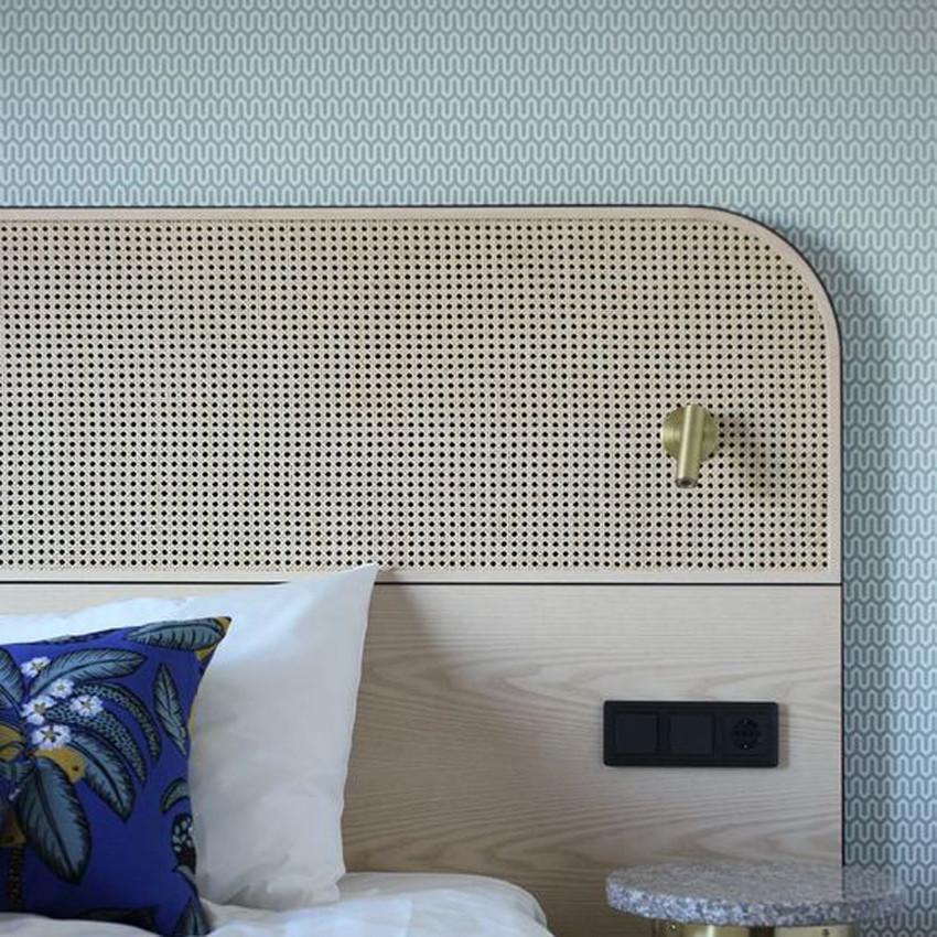 Integrated Bedhead Light