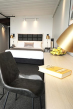 hotel guest room furniture