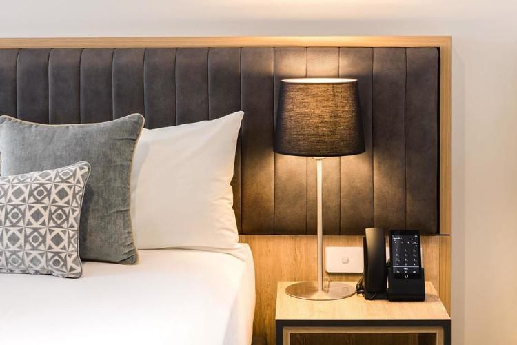 Custom hotel desk Lamp