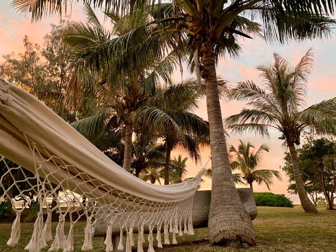Hamac dans le jardin en bord de plage