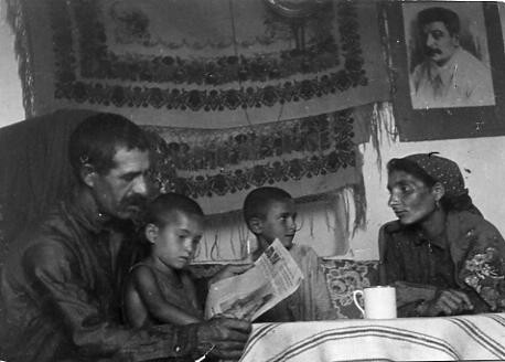 Създаване на циганска писменост и литература в СССР