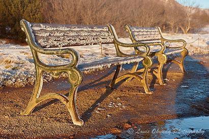 frozen benches, Stokkur iceland
