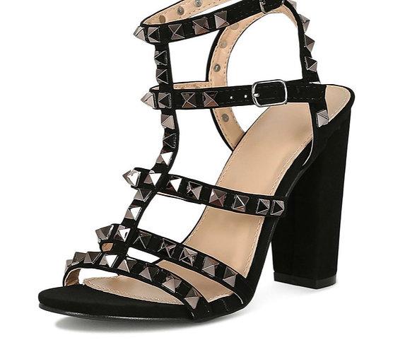 Sandra25 Black Women's Heel