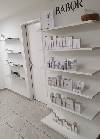 Sonaya Kosmetik Studio.jpg