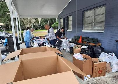 Preparando envios cajas misiones a Hondu