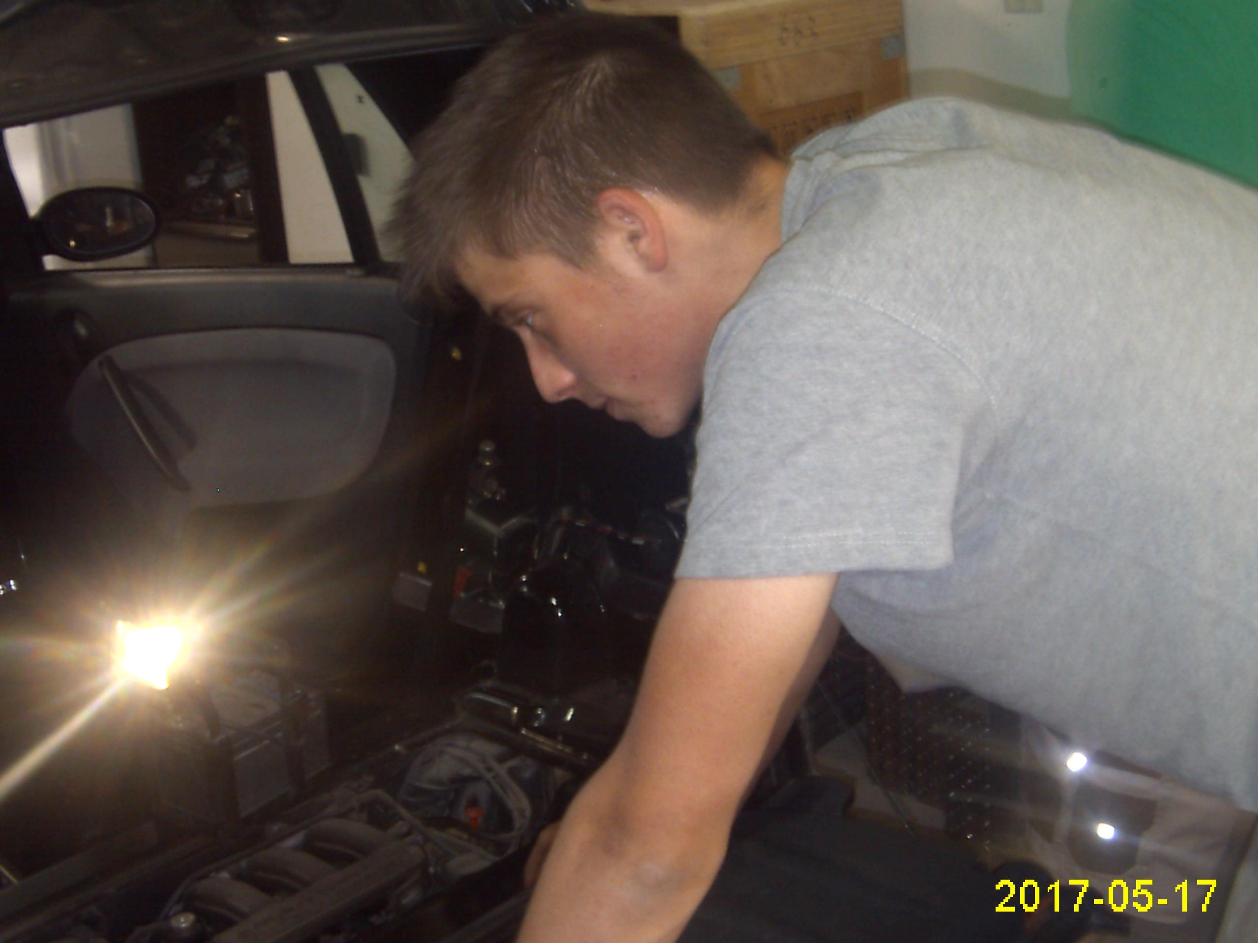 demontaža_motorja