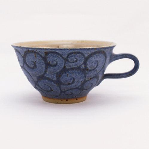 Milchkaffeetasse hellblau Welle