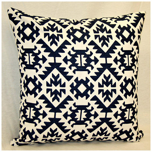 Accent Pillow Knife Edge