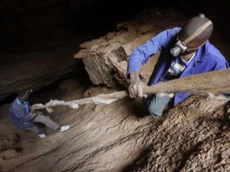 Violencia y abusos sexuales en las minas de oro abandonadas de Sudáfrica