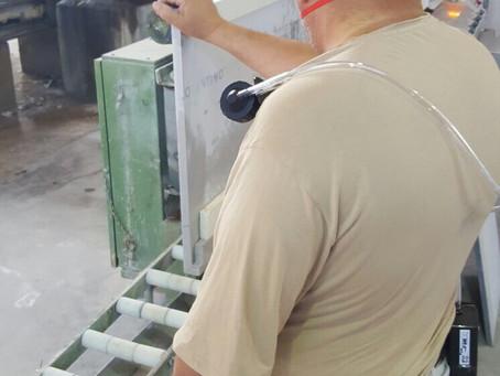 Control del polvo respirable en los trabajos de los compactos de sílice.