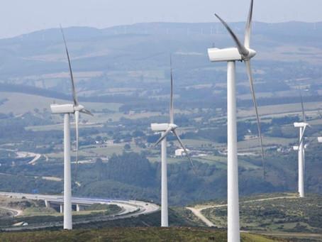 La Xunta obligará a minas y parques eólicos a tomar medidas para reducir su impacto paisajístico