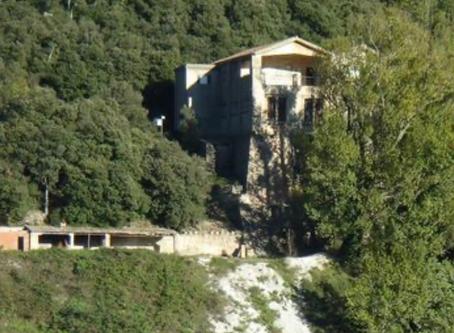 La mina de la Vajol, el búnker que escondió el tesoro artístico de la República, quiere salir del ab