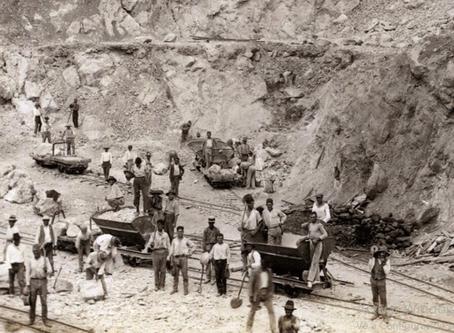 La Cantera de los Guijos y el ferrocarril de vía estrecha