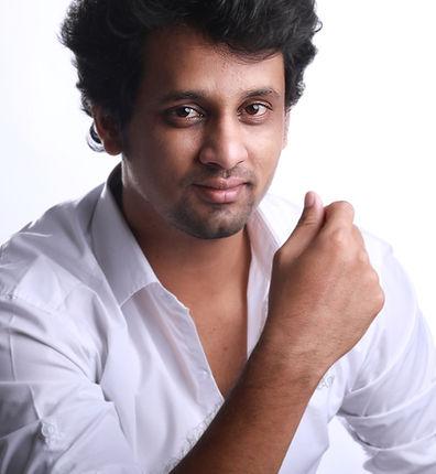 ABOUT ME | Pune | Amit Dhok Fashion Athlete Photographer