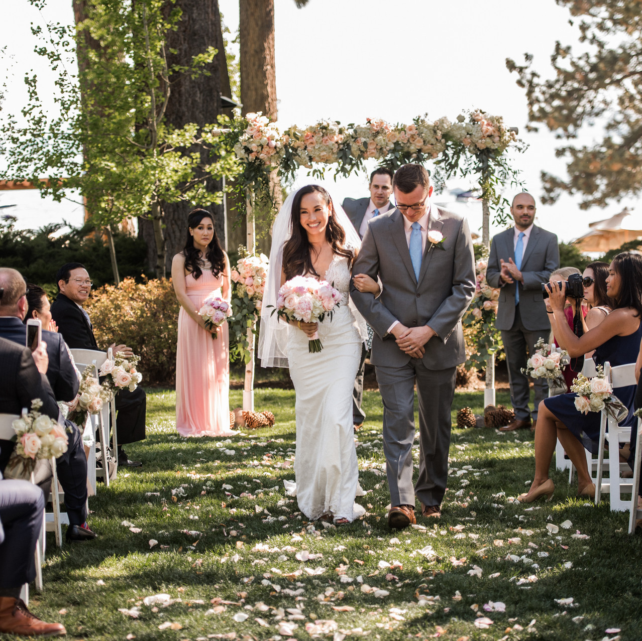 A-Floral-Affair-HYATT-LAKE-TAHOE-WEDDING-FLORIST (14)