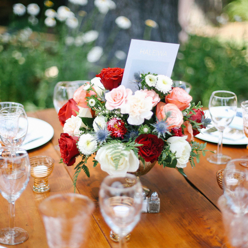 A-Floral-Affair-Tahoe-Wedding-Floral-Reception-Guest-Table-Centerpiece-Colleen-Amelia (2)