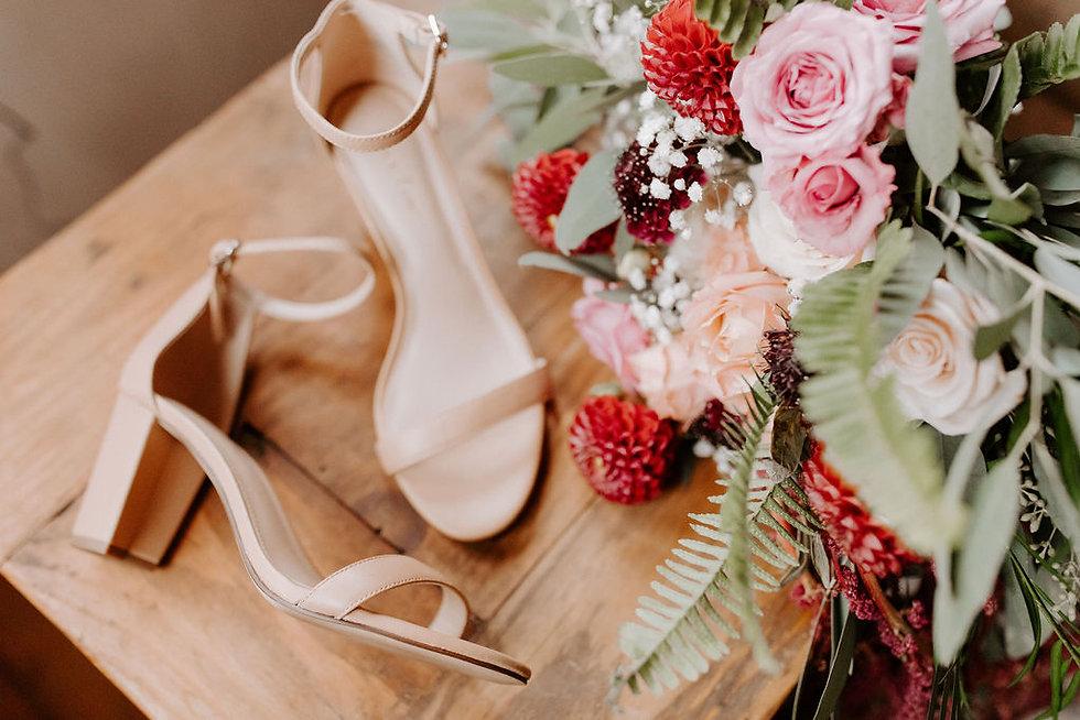 A Floral Affair-Kay-Kroshus-Photography-Dancing-Pines-Bouquet