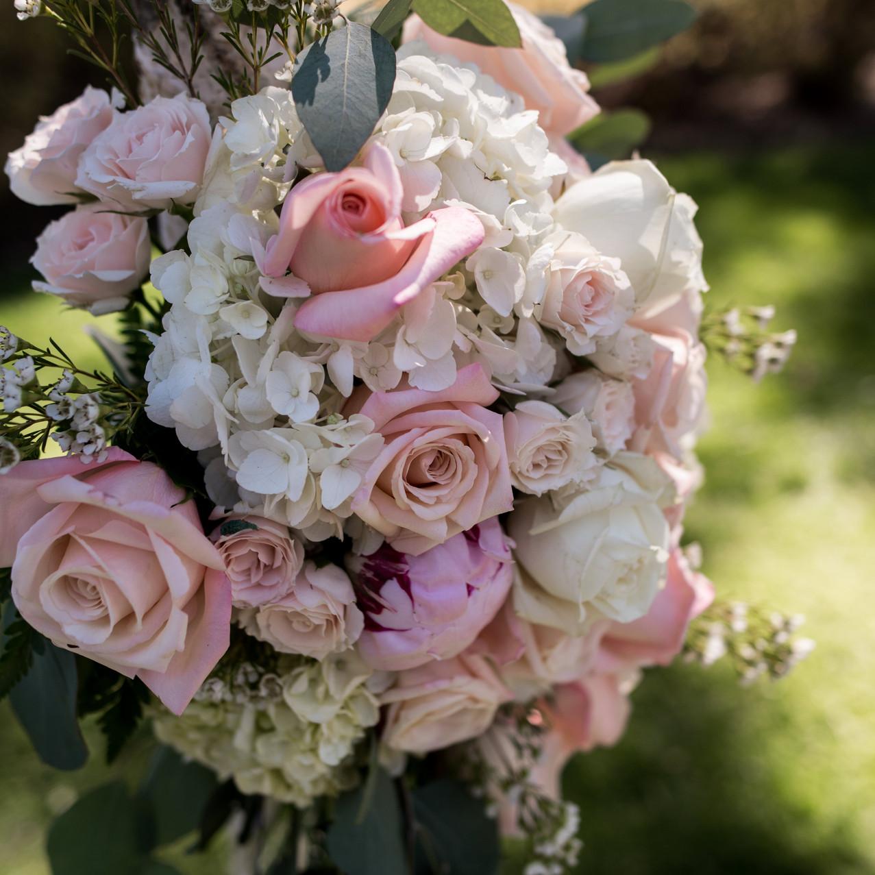A-Floral-Affair-HYATT-LAKE-TAHOE-WEDDING-FLORIST (6)