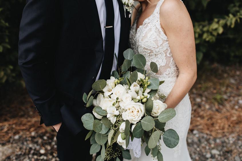 A-Floral-Affair-Minden-Gardnerville-Reno-Tahoe-Wedding-Florist-Bouquet-White-Foliage