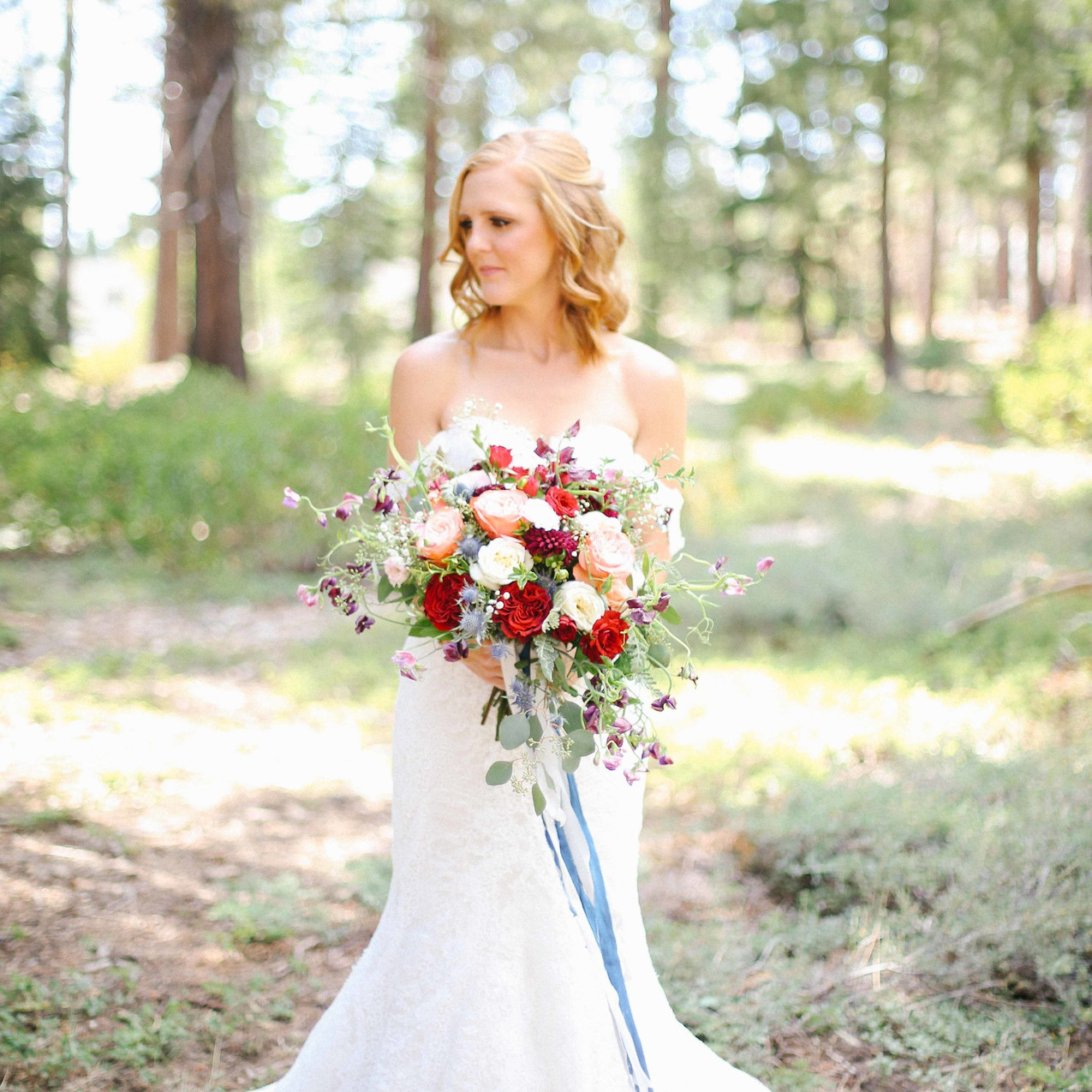 A-Floral-Affair-Tahoe-Wedding-Floral-Personal-Bouquet-Colleen-Amelia (3)