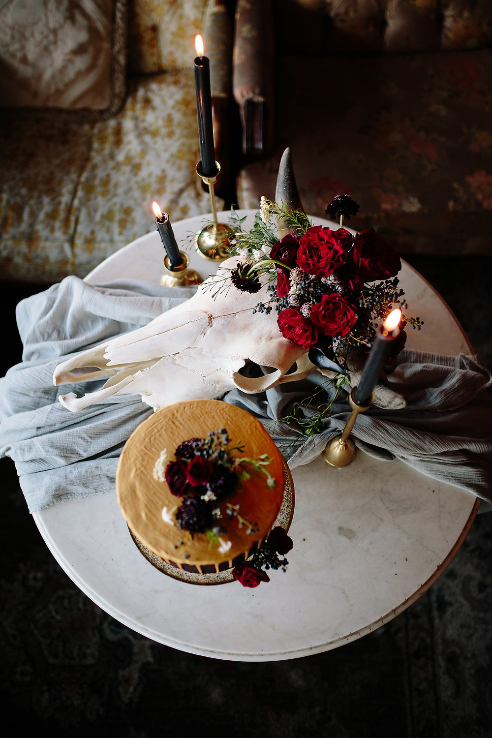 A Floral Affair- Scott Sikora Photography- Cowgirl Dark 1864 Tavern Styled Shoot -Floral- Cake
