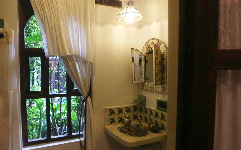 cottage-sink.jpg