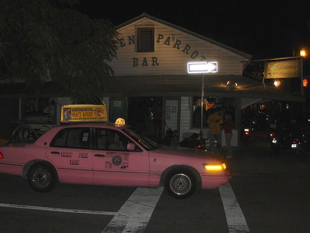 Island Runaways bar