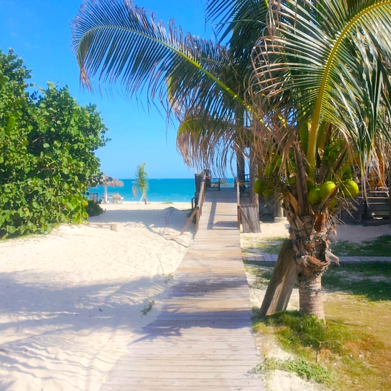 Beach Island: Escape For Lunch To Jamaica's Gorgeous Boardwalk Beach