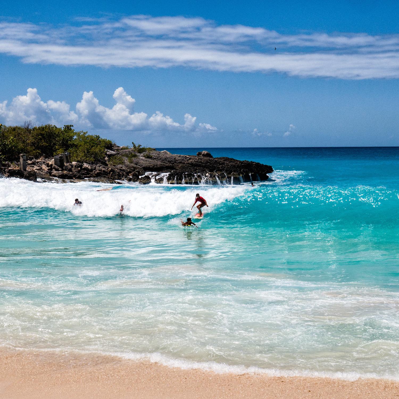 A Perfect St Martin Beach Beautiful Mullet Bay Island Runaways An Travel Blog