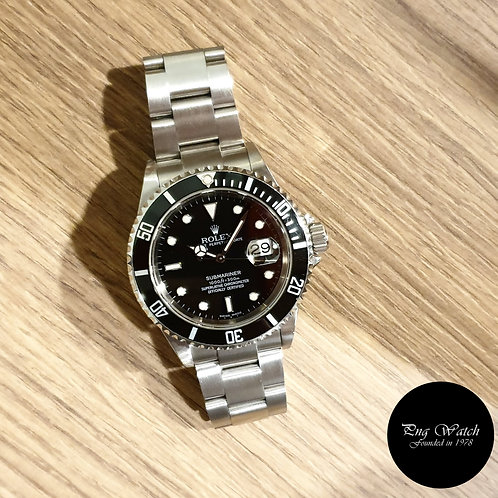 Rolex Oyster Perpetual Date Black Submariner (F Series) REF: 16610 (2)