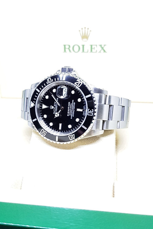Rolex Oyster Perpetual Date Black Submariner REF: 16610