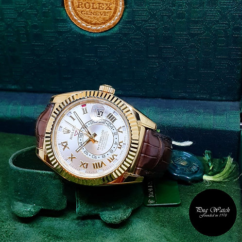 Rolex Oyster Perpetual 18K Yellow Gold Silver Sky-Dweller REF: 326138 (2019)