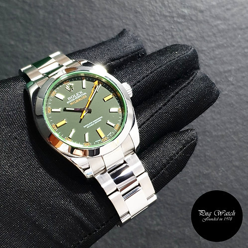 Rolex Oyster Perpetual 40mm Green Crystal Black Milgauss REF: 116400GV (08)(2)