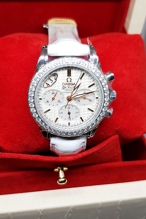 Omega De ville Chronograph with Diamonds and MOP REF: 422.18.35.50.05.001