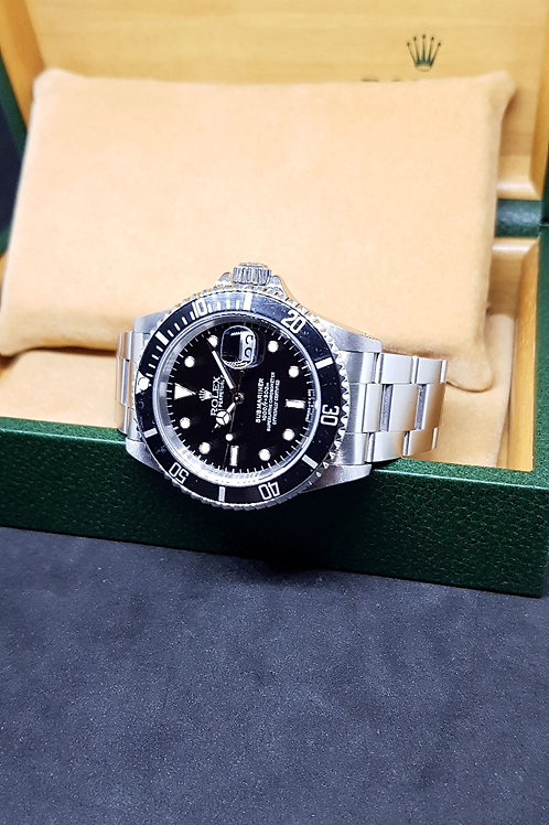 Rolex Oyster Perpetual Tritium Submariner Date REF: 16610