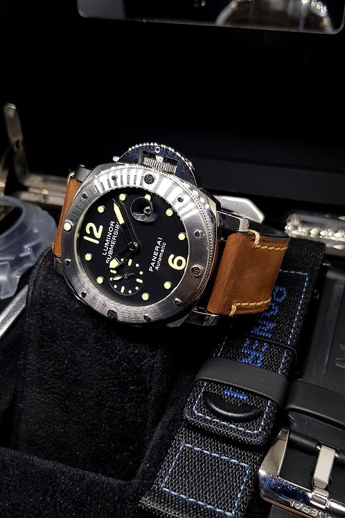 Panerai Black Luminor Submersible PAM 24