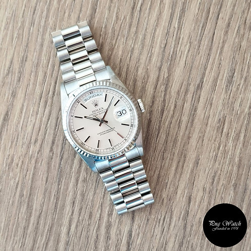 Rolex Oyster Perpetual 18K White Gold Day-Date REF: 18239 (2)