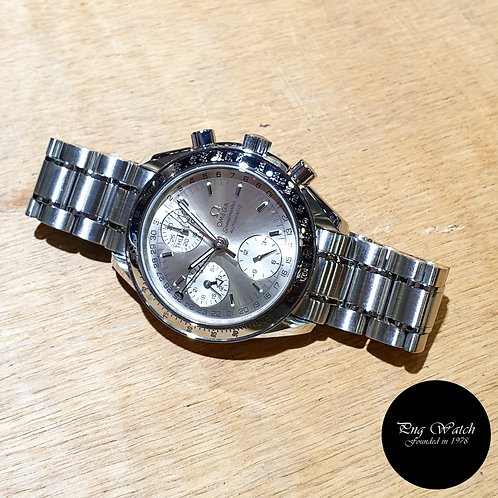 Omega Silver Speedmaster Triple Date Chronograph Watch REF: 3523.30 (2)